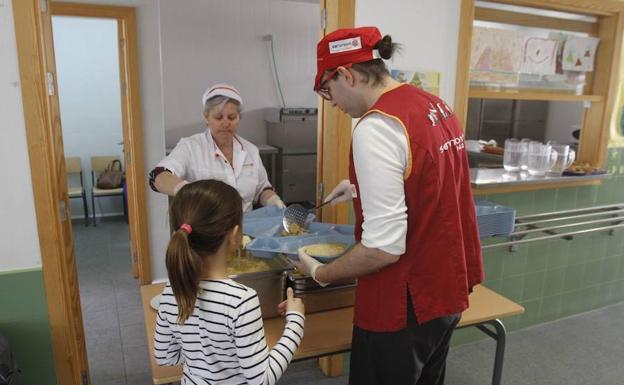 5.000 alumnos se beneficiarán de las ayudas de comedor | La Verdad