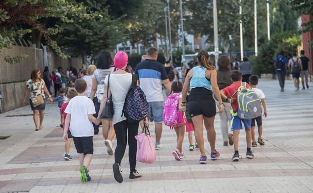 Calendario Escolar Murcia 2019.Calendario Escolar Murcia 2019 2020 El Proximo Curso Arrancara En