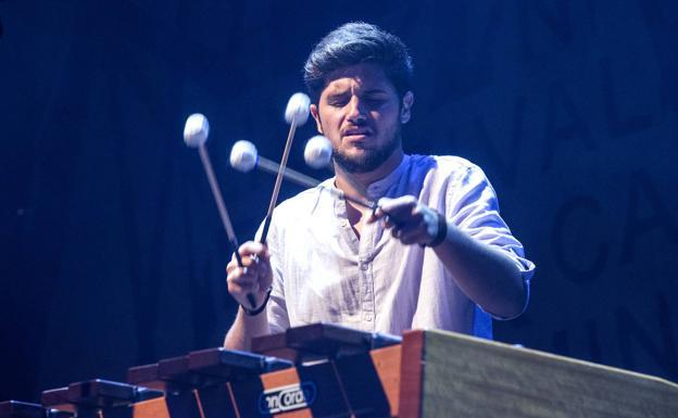 Alejandro Solano, premio Filón.