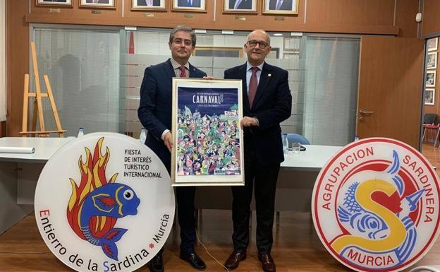 Encuentro del concejal Jesús Pacheco y representantes de la Agrupación Sardinera./Ayto. Murcia