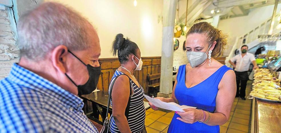 Salud aplicaría el pasaporte Covid en el ocio nocturno y la hostelería si existiera un marco legal