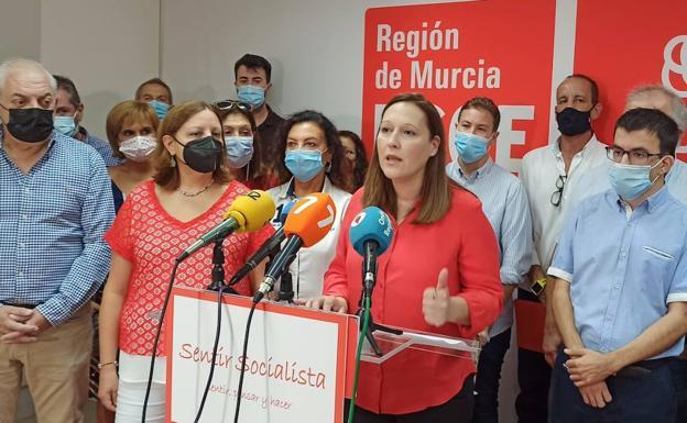 Lourdes Retuerto, este sábado, en la presentación de su candidatura a la secretaría general del PSRM./Vicente Vicéns / AGM