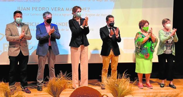 Vera, Palazón, Fernández, Hernández, Araceli Carrasco y Trini Gómez.
